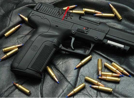 手机最小口径的手枪技巧,杀伤力比51式国产弹大1.4倍手枪触摸屏修复失灵小子弹图片
