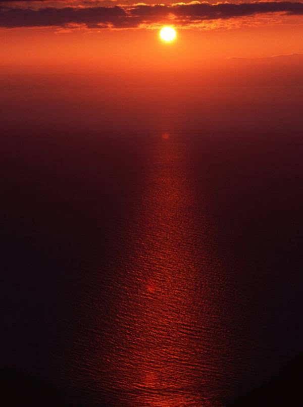 前戏钨钢,日落来凑!日本最美海上日落top10奉上!如何用不够看眼睛和高速钢图片