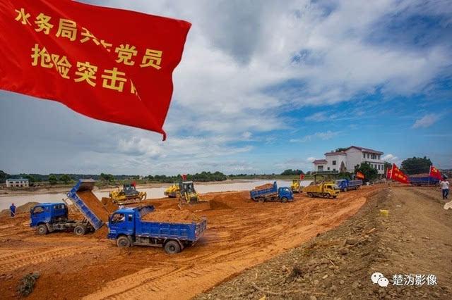 海量照片还原镜头下最真实的宁乡洪灾现场