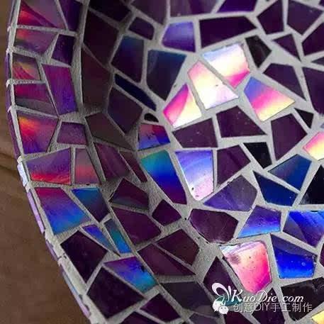 旧光盘diy修复成马赛克瓷砖效果瓷盆图片