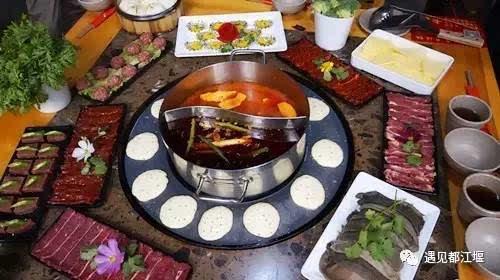 涮火锅,烤牛排,都江堰吃货首选打卡地