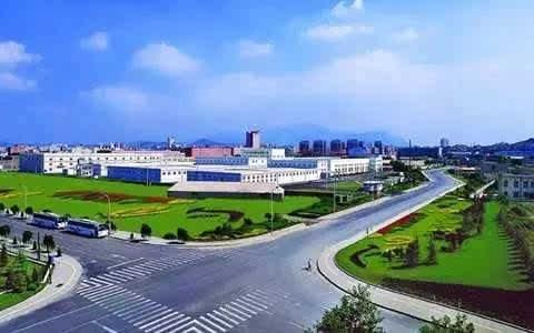 9500元/平方米 红星海世界观四期 10329元/平米 大连开发区万达广场