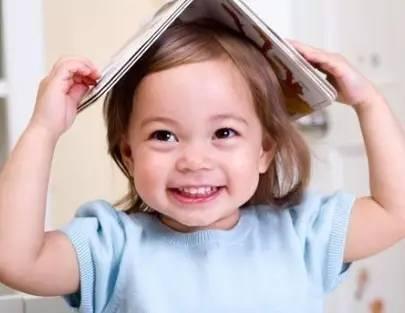 宝宝语言发展有规律!这么跟宝宝说话,宝宝大脑