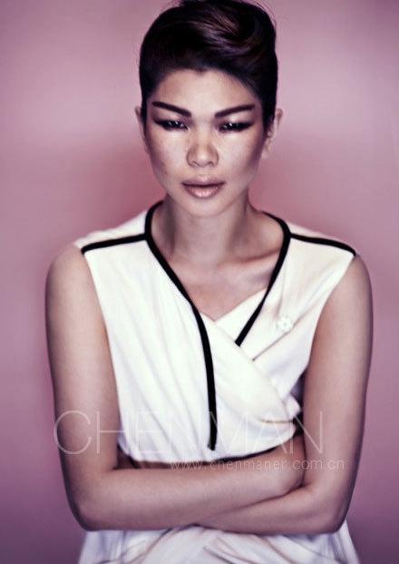 中国丑女吕燕为何成为国际名模