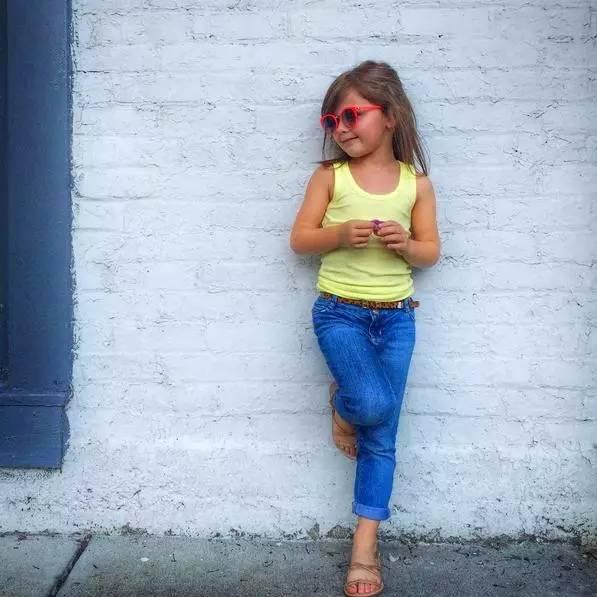 这样的小姑娘,到多少岁都是女神!图片