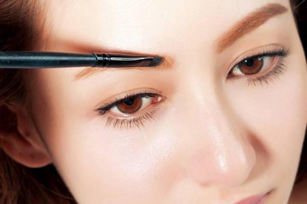 如何纠结眉形 找到适合自己的漂亮眉毛