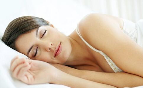 你知道吗 睡姿不好可能导致女性不孕