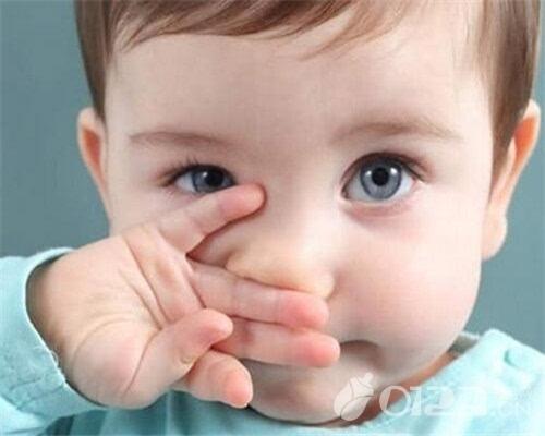 宝宝皮肤过敏怎么办 宝宝皮肤过敏吃什么好 ,皮肤过敏怎么办小偏方