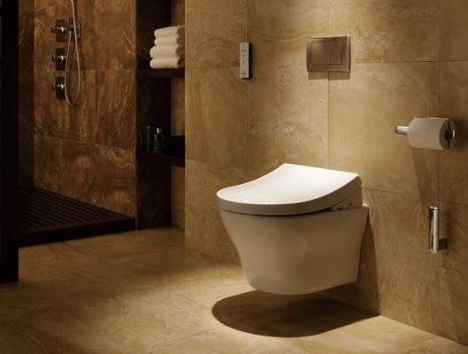 TCF4732CS/TCF4722CS   清洁,是购买智能马桶盖最基本的要求。清洗马桶是一件非常烦的事儿,如果需要频繁清洗那就更烦恼了。TOTO智能马桶盖免去了经常清洗的烦恼,可以长时间的保持清洁。它采用了智净技术,在每次使用后喷洒电解除菌水,对坐便器内壁以及卫洗丽喷嘴进行清洁、除菌,可以轻松的除去污垢;而且,具有便前喷雾功能,对便器表面喷水雾,使便器表面湿润,防止污垢附着。智能马桶盖排名榜上有名的TOTO在清洁方面做得非常好,值得你一试。   智能化体验,是智能马桶盖带给使用者的舒适享受。如TOTO