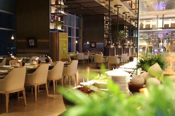 深圳市旅游协会组织酒店会员单位参观深圳中洲万豪酒店