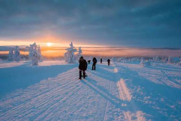 【视频】你们春暖花开,我们还在滑雪!,滑雪组图技巧雪莉图片