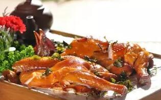 以茶入菜,这难道不是菜品研发新路数?|冬瓜-微炖厨艺排骨汤的锅图片