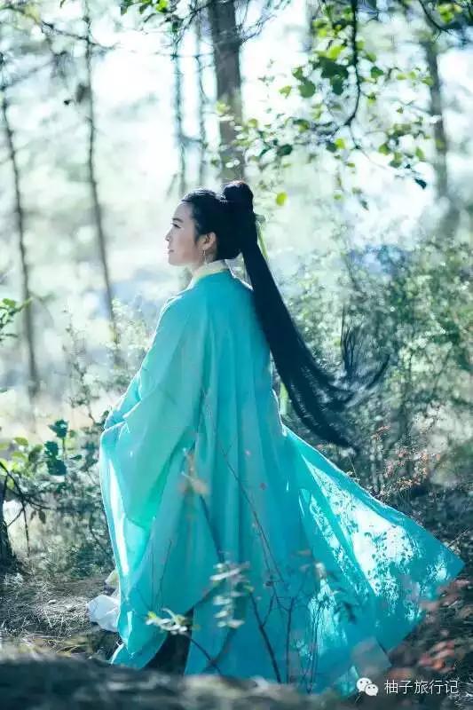 看丽江的汉服仙姑,看他们的丽江式同居生活图片
