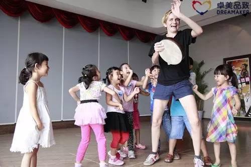 小孩学戏剧_暑期学什么儿童戏剧综合的艺术学涵盖文学