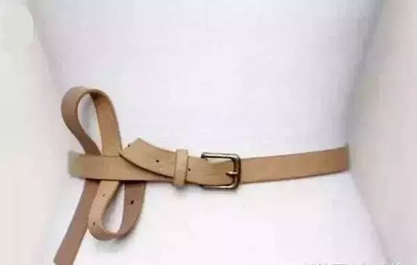 皮质腰带的系法图片