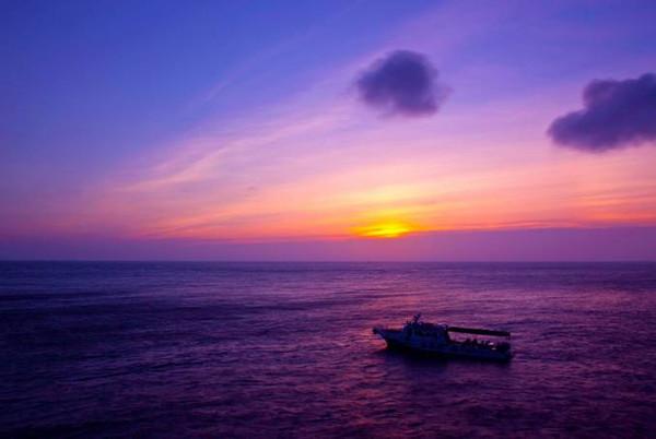 浪岗山列岛距离舟山本岛较远,适合海钓,主攻鱼种是平日里都少见的
