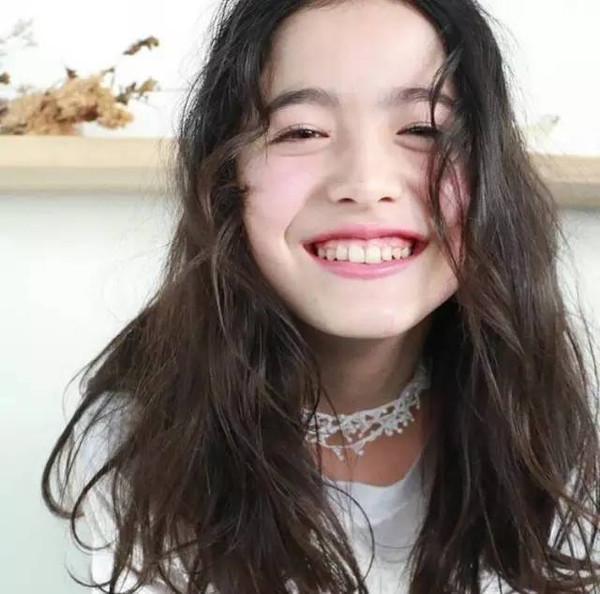 日本13岁混血小模特,一眼你就会被她惊艳图片