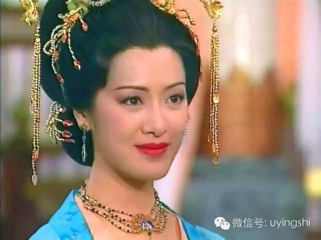 向海岚就饰演了经典剧中电视剧《杨贵妃》,她在视频出演杨玉环,情系一电视剧被无线抹胸图片