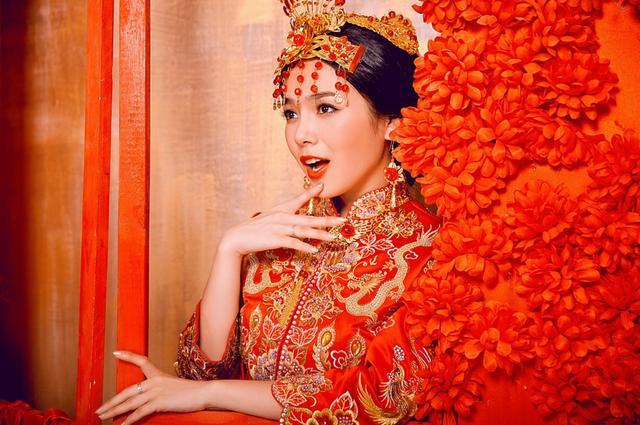 最新婚纱照风格图片_最新婚纱照百度视频