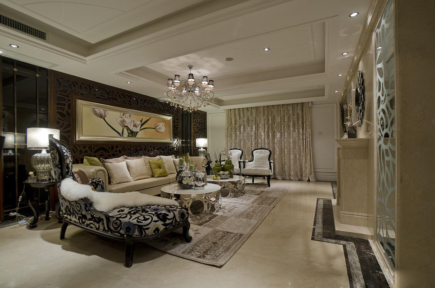 下面春亭设计装饰小编带大家一起欣赏一套 上实和墅欧式风格装修