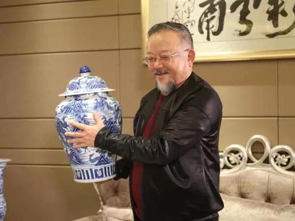 【珠宝秀场】中国陶瓷界泰斗齐聚七彩云南!