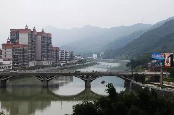 乐昌gdp_7月1日起,广州人坐高铁去这些地方更方便了(2)