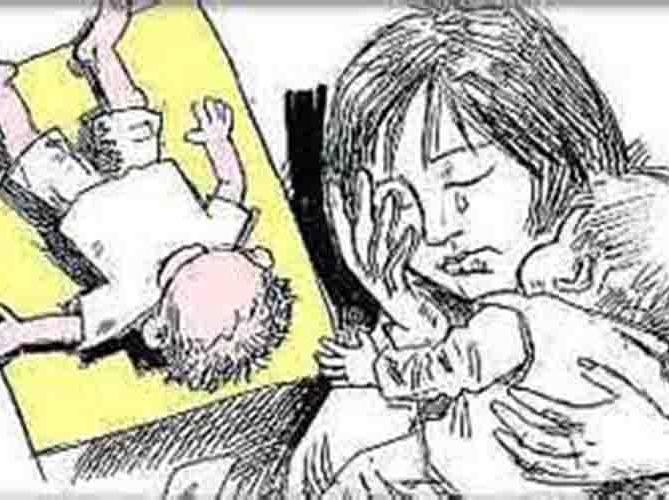 24岁母亲溺死2岁女儿,竟因尿裤子?【新妈课】