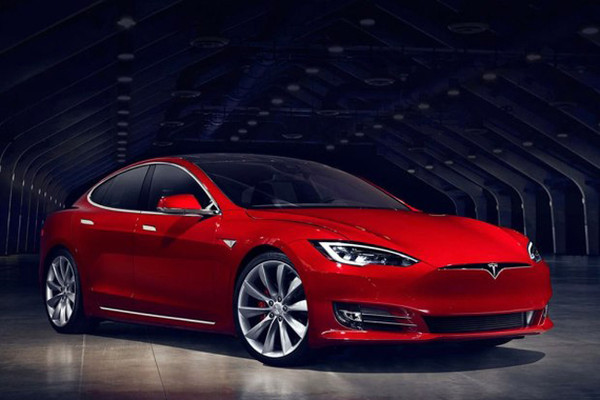 马斯克称特斯拉Model S可像船一样短暂漂浮的照片 - 1