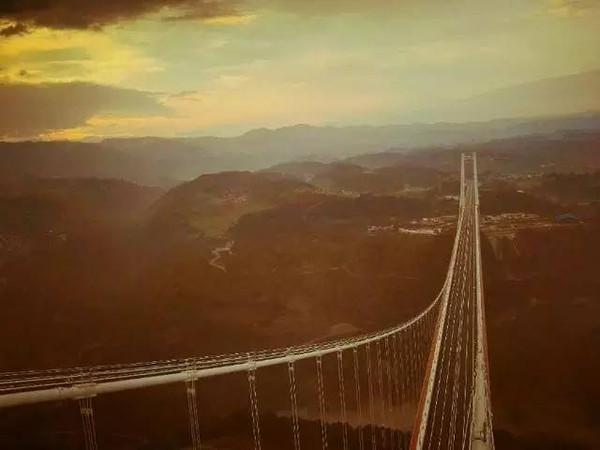 云南的亚洲第一大桥即将