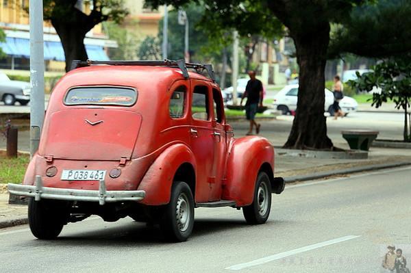 老爷车:美国制裁给古巴留下的宝贵遗产