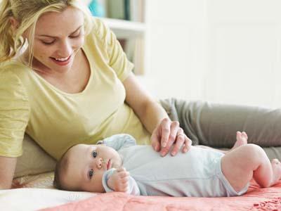 七个月宝宝纯母乳喂养需要喂水吗?