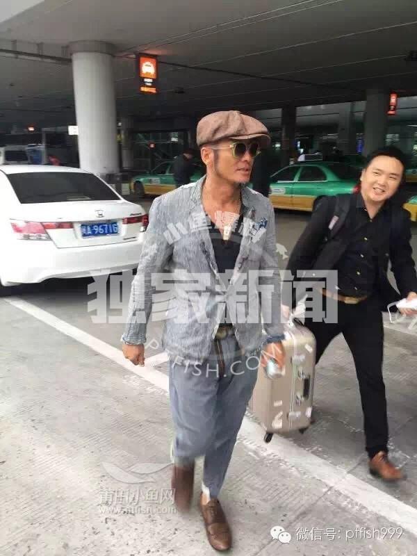[娱乐]?昨天莆田来了一位香港明星老帅哥,形象