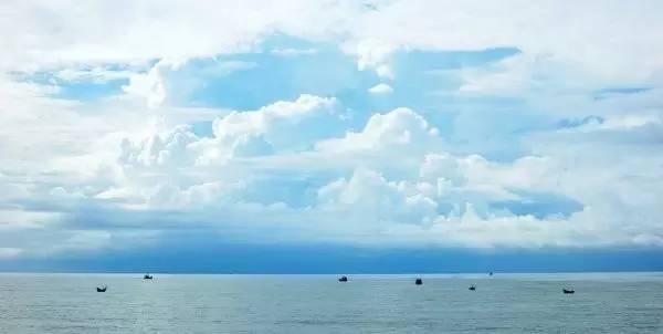 国境之南的美奈:一半海水,一半火焰