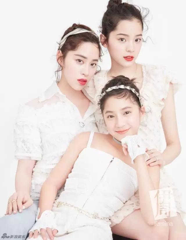 欧阳娜娜是老二,现在16岁;她姐姐20岁,叫欧阳妮妮;妹妹12岁,叫欧阳娣图片