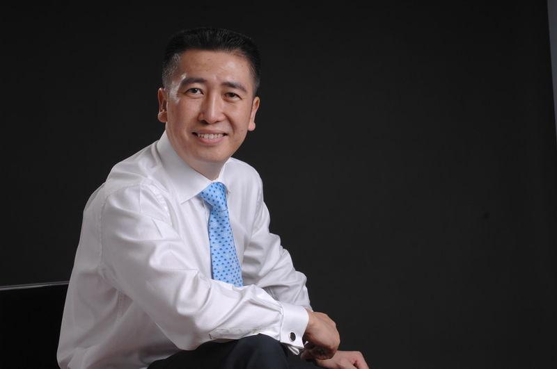 李践在中国培训界亦极具口碑,是培训界唯一一位集企业家,跆拳道教练