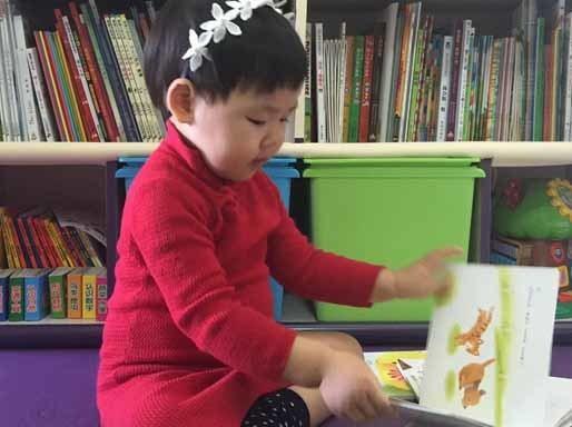 【宝宝帮】2岁宝宝读2000本书,这个妈妈只做了这几件事