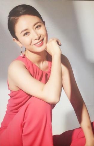娱乐 正文  塞 娅公主张恒,跟赵薇同为北影96班同学,这是她的首部电视图片