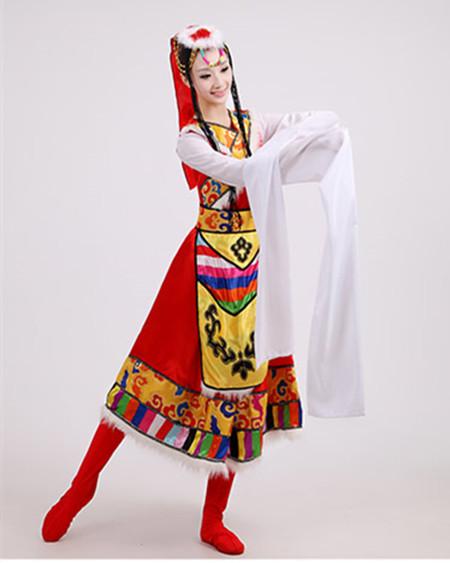 美丽大方的蒙古传统服装图片