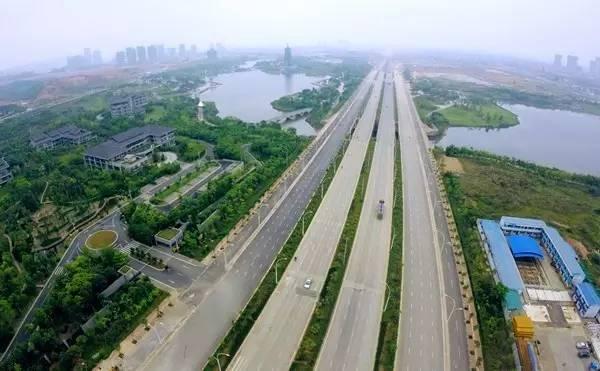 南宁速度再次刷新 五象新区到南宁东站或吴圩机场只用15分钟图片