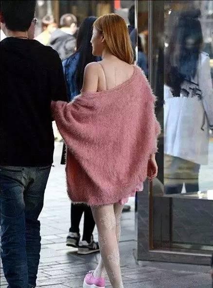 惊!目前出现一股神秘衣服,专拉姑娘的平台!-搜女生力量v衣服图片