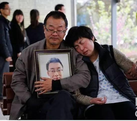 一个死在百度和部队医院之后的年轻人