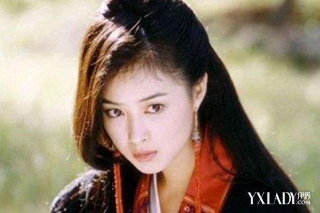 以及当年在《仙剑奇侠传》里,分饰狐妖女苑和婉儿两角.