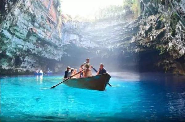 扎金索斯岛:让人忘记天堂的地方