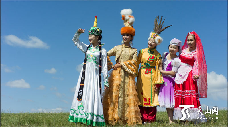新疆塔城召开了一场新颖别致的网上新闻发布会