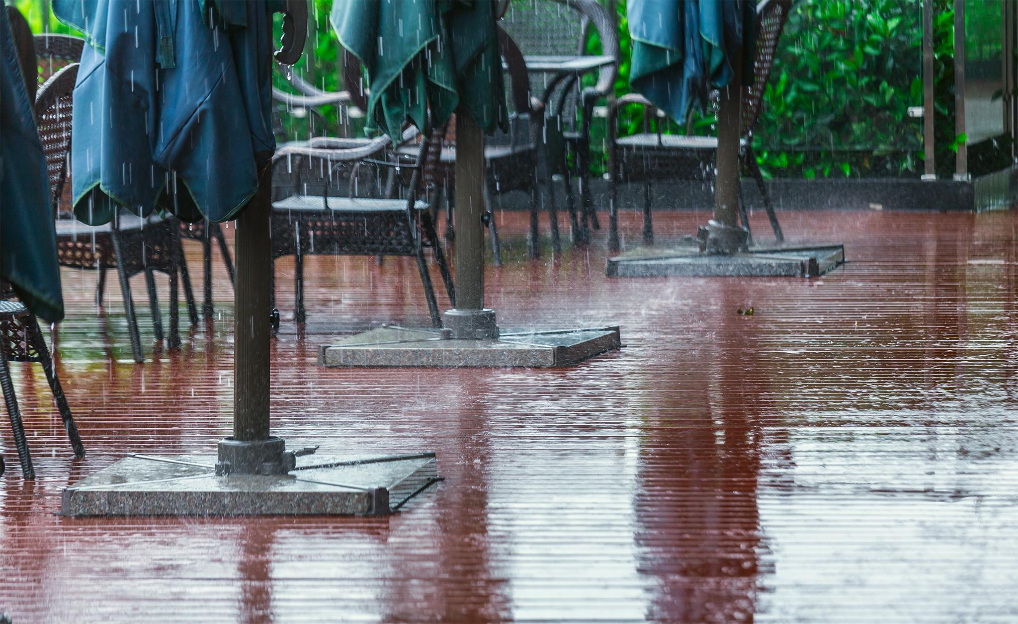 苏州湾,雨中聆听天堂的声音
