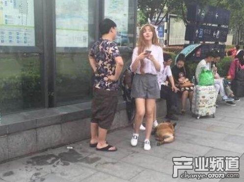 小狗Uzi恋情曝光 新女朋友是明星图片