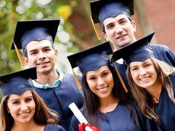2016年美国大学毕业生就业形势没有想象中那么美图片