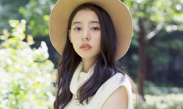看看日本精华保养的,懒人保养法:肌断食!韩国束颜瘦脸女孩霜图片
