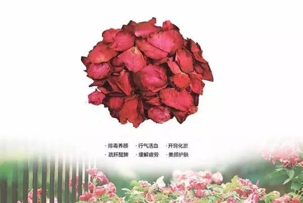环保志愿者全程提供手工香皂的制作演示,另有玫瑰花酱,酵素diy分享,让
