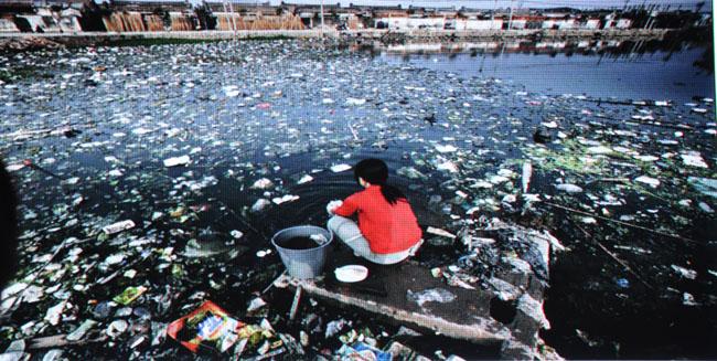 水污染的危害-环保护 污水竟敢直排一级水源地 通报批评图片